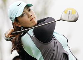 Michelle Wie Makes the Cut