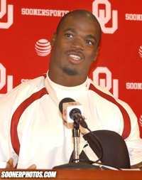 Adrian Peterson Photo Civies
